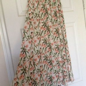 Chicos trumpet skirt size 0